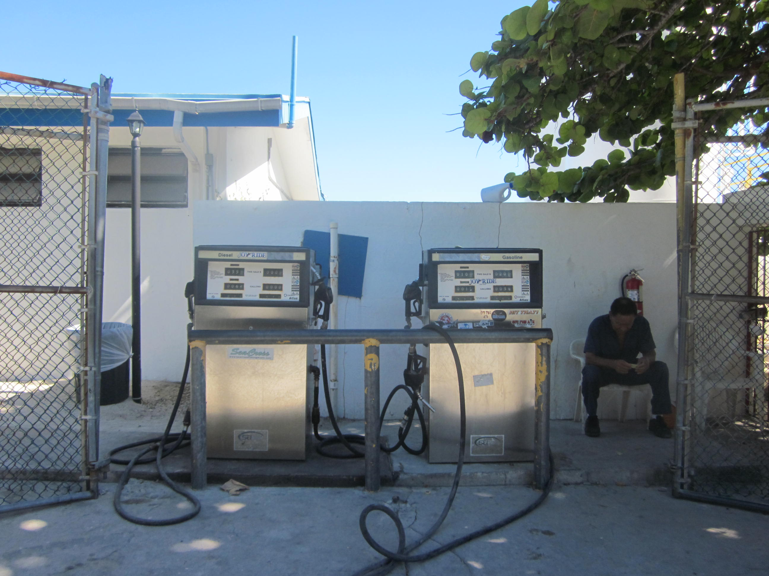 Bimini Gas Station