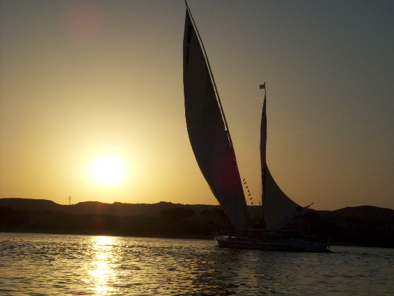 Sunset forming an impressive silhoutte with majestic sails
