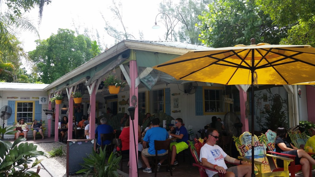 Diners having lunch at the popular Island Cow cafe in Sanibel, Florida.