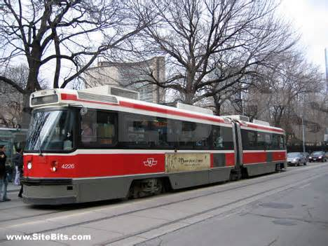 Toronto Street Car (Image sourced from internet)