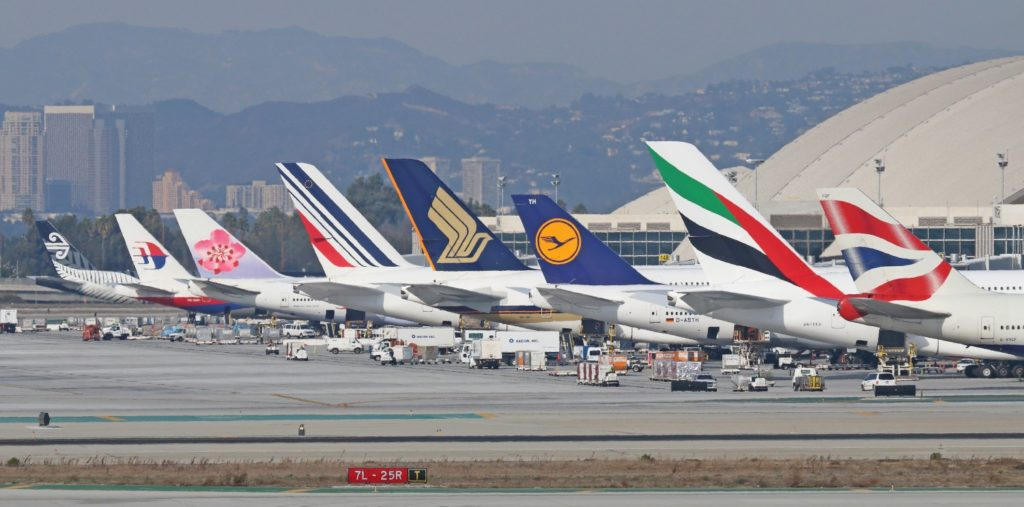 Image source: airlinetaillogos.wordpress.com
