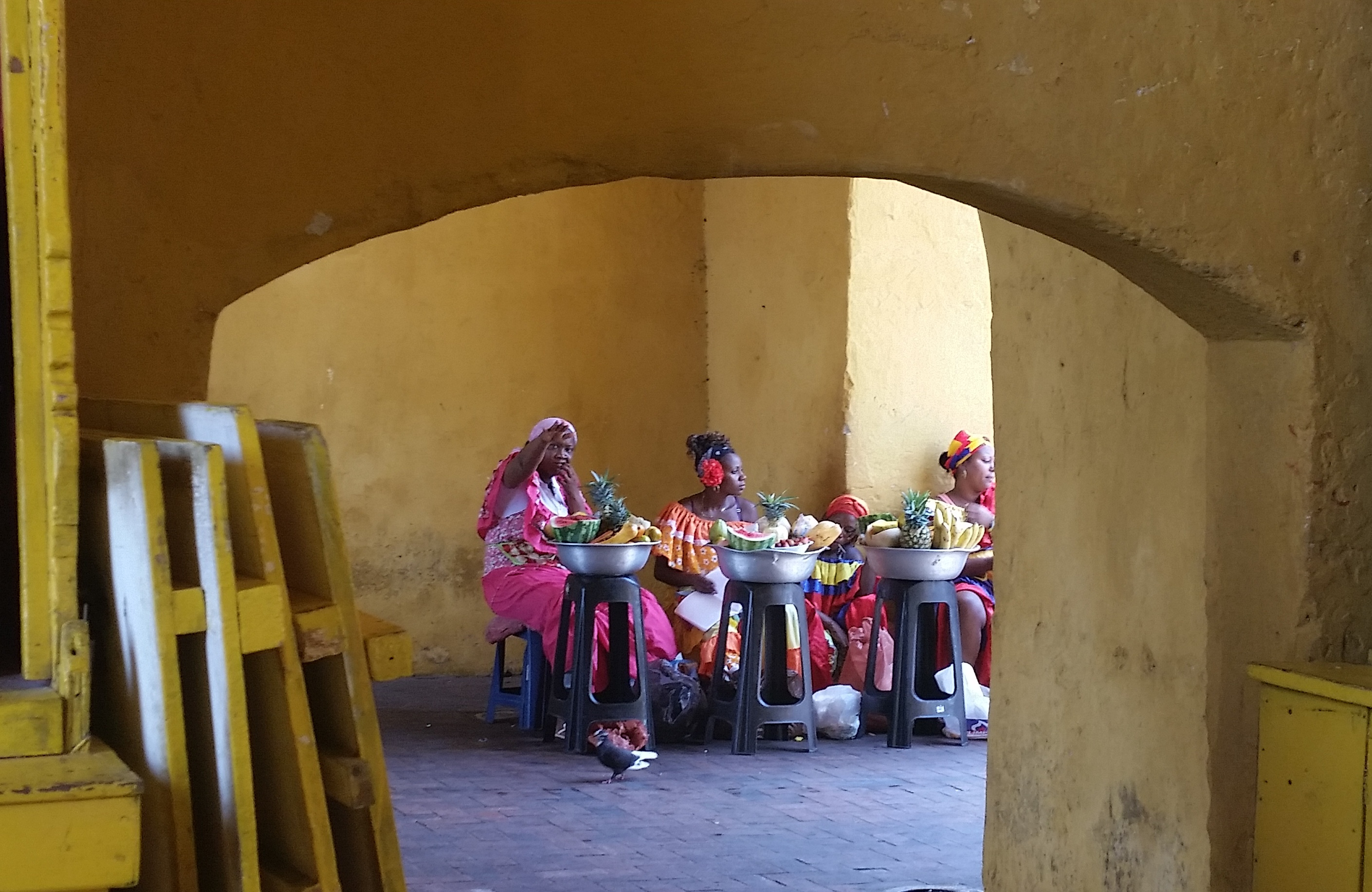 Female vendors in Cartagena